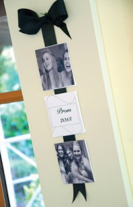 It's easy to make mini canvas into photo memories