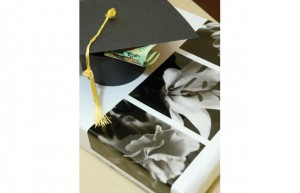 Presentation is key. These little graduation hat boxes are perfect for gift giving.